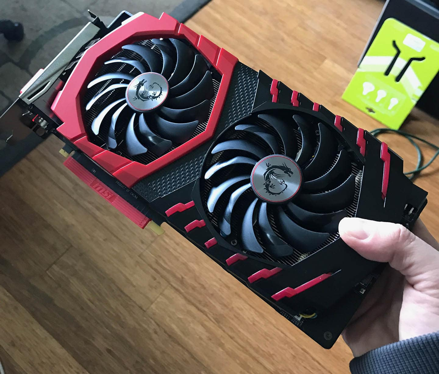 Installing a GeForce GTX 1060 / 1070 / 1080 into a Mac Pro